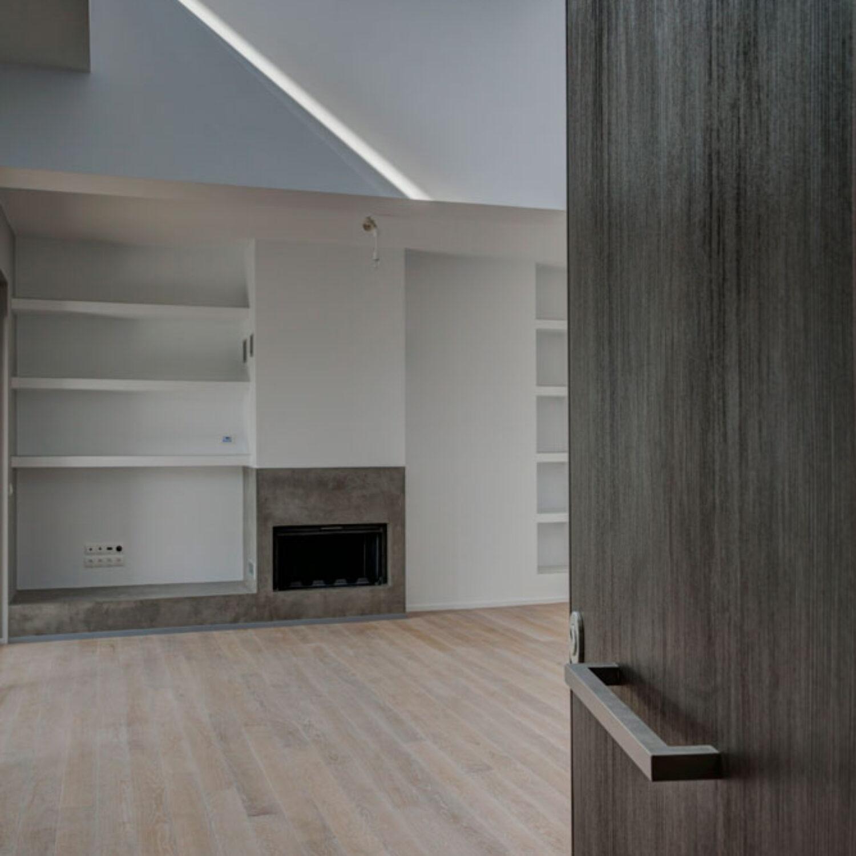 Ellinicon 2 fireplace