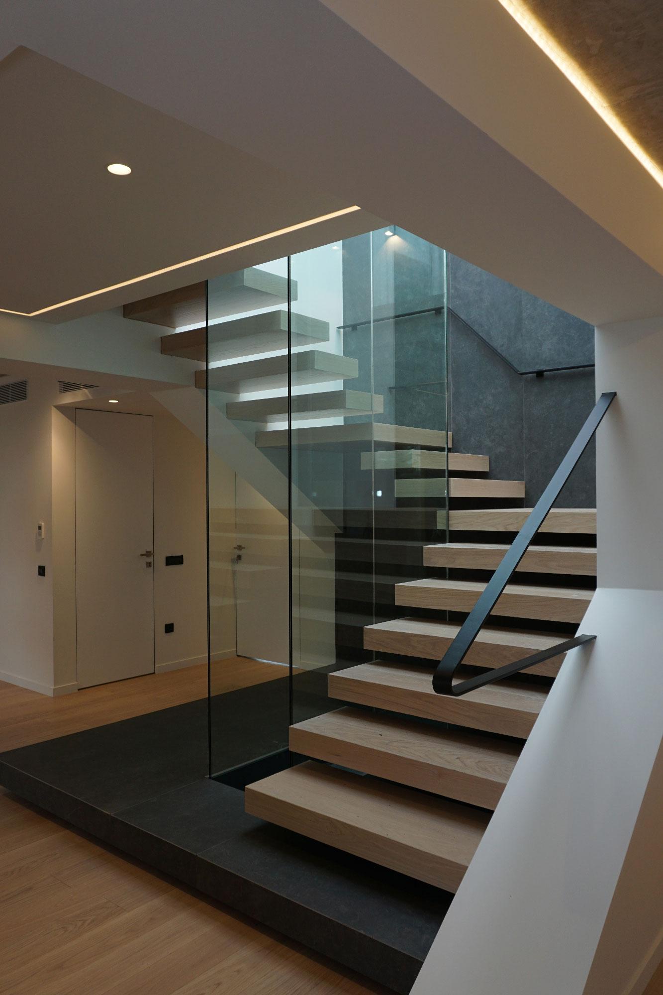Γλυφαδα - Διαμέρισμα 2ου οροφου - Glyfada - 2nd floor apartment