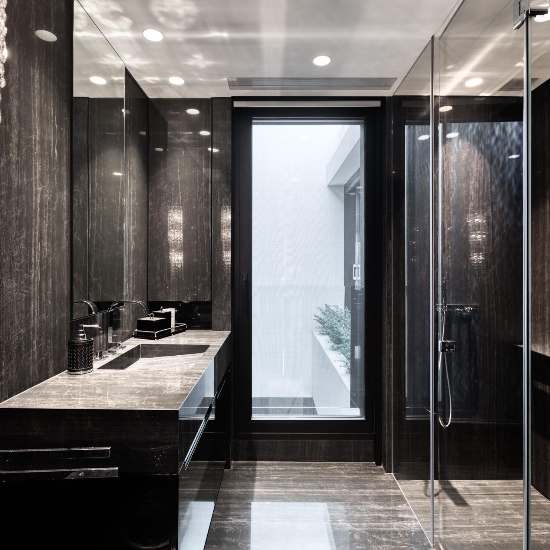 Black & White Villa - Ano Voula